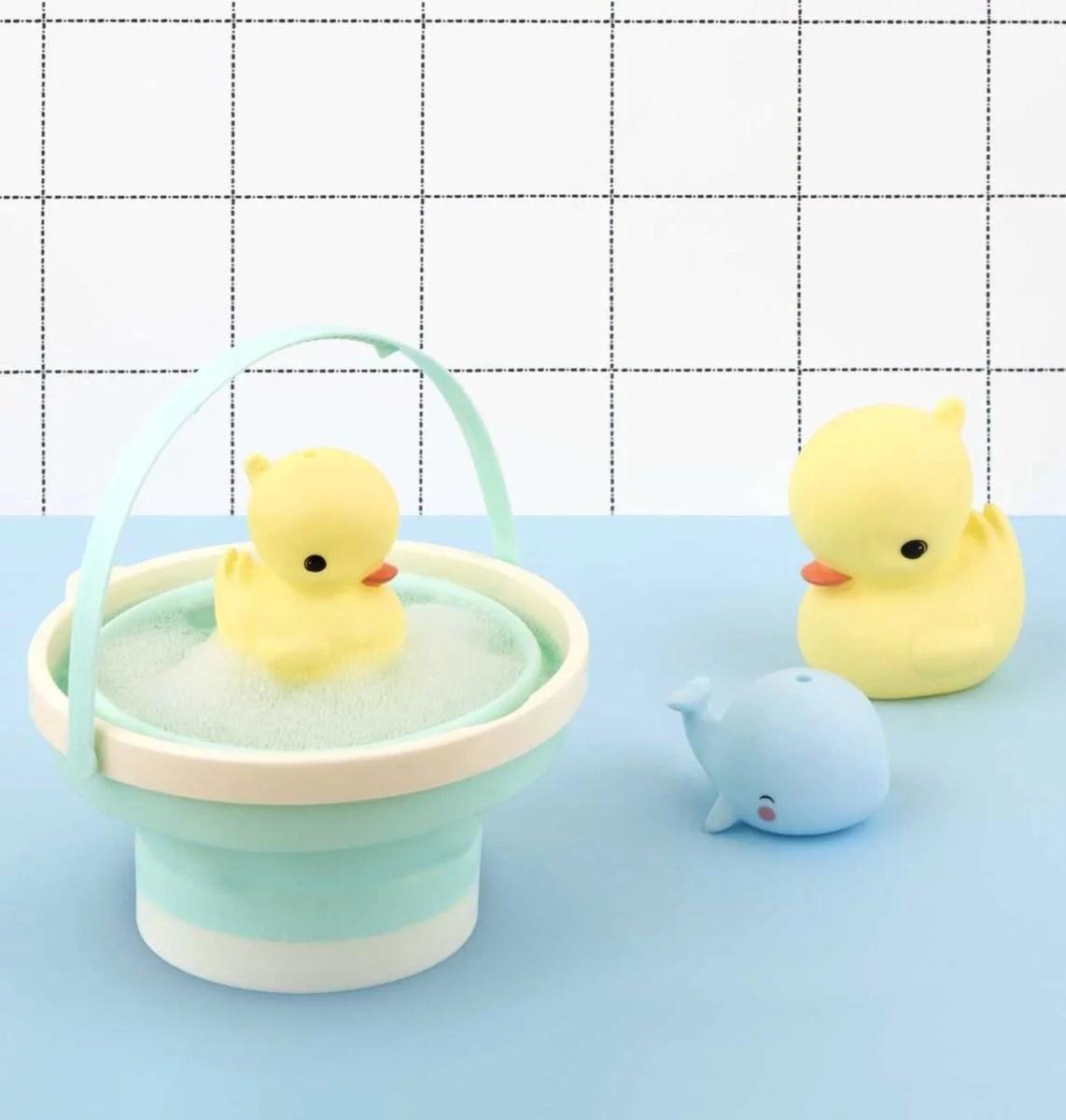 btduyl08-lr-7_bath_toy_duck A Little Lovely Company