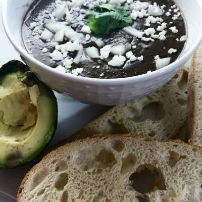 Hatch Green Chile and Black Bean Soup