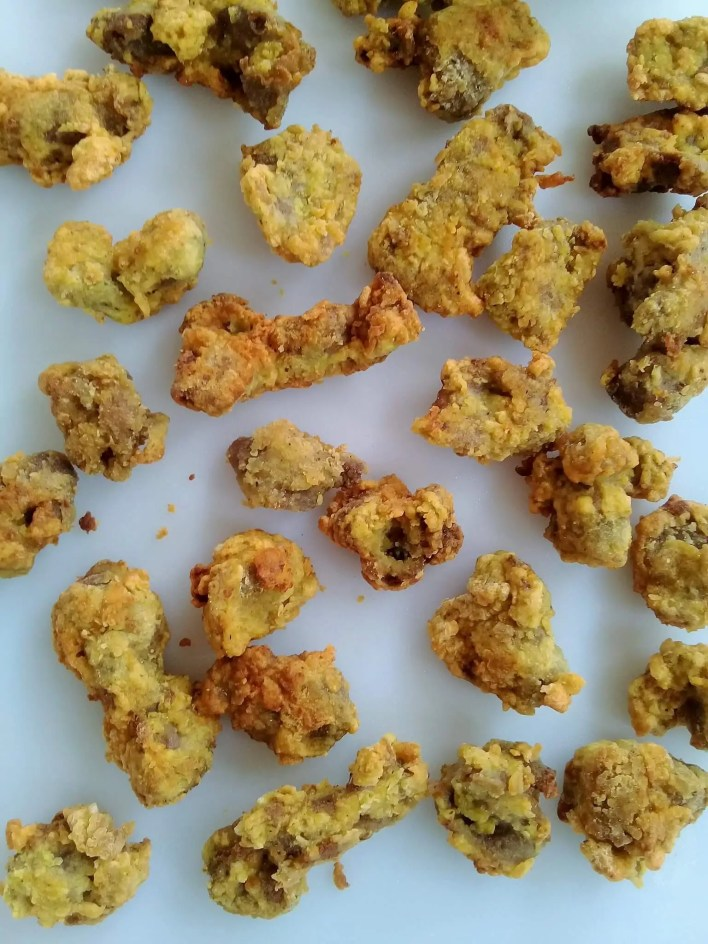 These crunchy fried gizzards are double coated in a wonderful flour and spice mixture making it crunchy and tasty. Do not attempt a taste test!