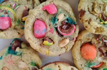 Sweet, soft and chewy Christmas pebbles cookies.