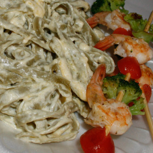 Spinach Fettucine Alfredo with Grilled Shrimp