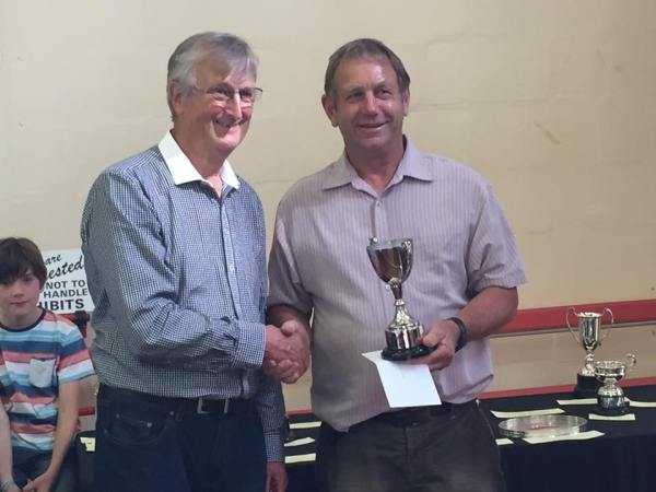 Fred Yeandle Cup & £5 for Best in Fruit Section – Allan Cavill