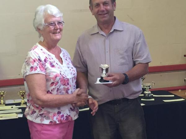 Rose Bowl & £5 for Best in Floral Art Section – Mai Curnow