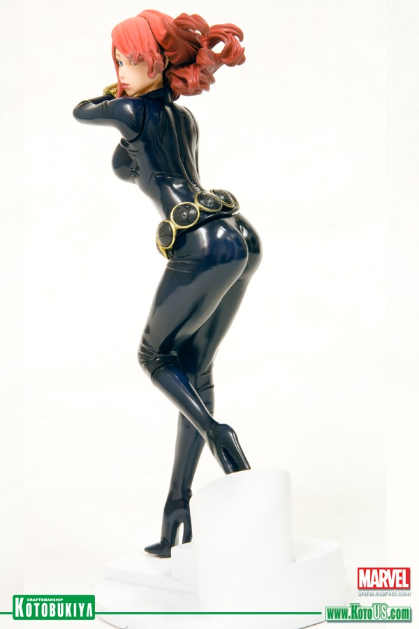 marvel-comics-black-widow-bishoujo-statue-2