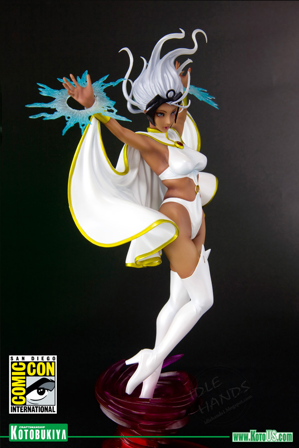 Storm White Outfit