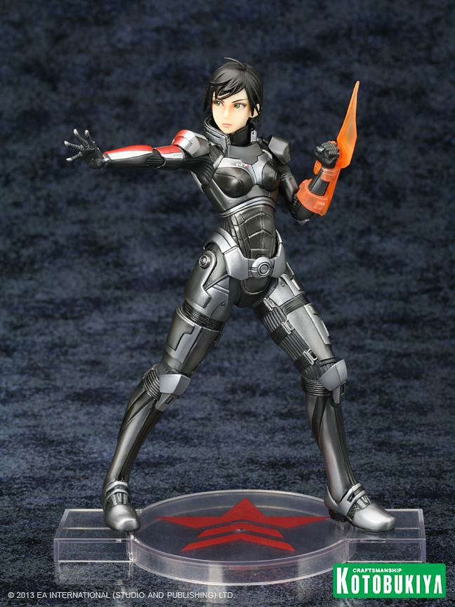 mass-effect-3-commander-shepard-bioware-exclusive-bishoujo-statue-black-hair-kotobukiya-2