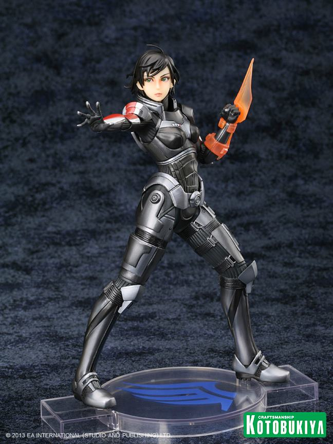 mass-effect-3-commander-shepard-bioware-exclusive-bishoujo-statue-black-hair-kotobukiya-4