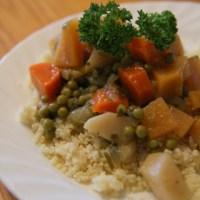 מרק ירקות לקוסקוס בסיר לבישול איטי