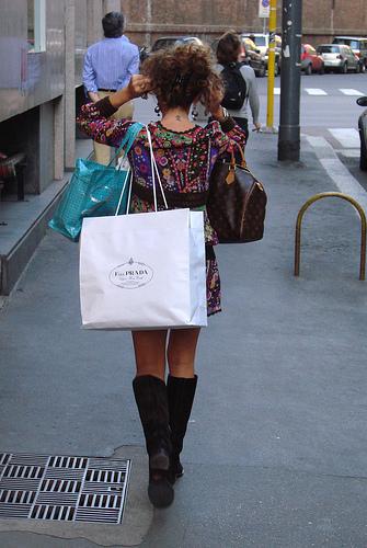 Italian fashion: www.flickr.com/photos/81635051@N00/463659071