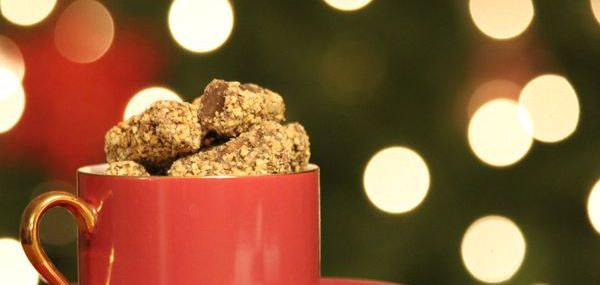 'Tis the Season for Traditional English Toffee