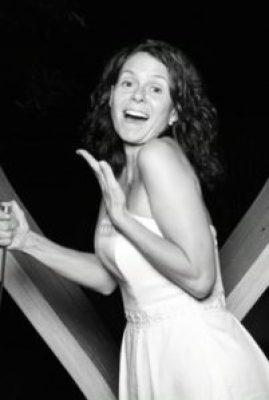 Jennifer Diner en Blanc 3