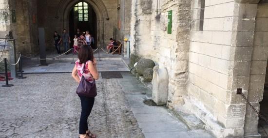 Road to Avignon