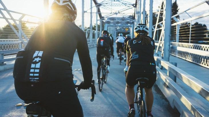 地元の仲間とのサイクリング