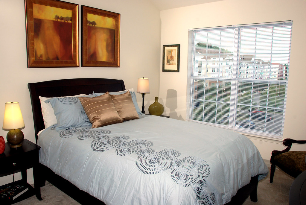 5 BEDROOM MOBILE HOME  MOBILE HOME