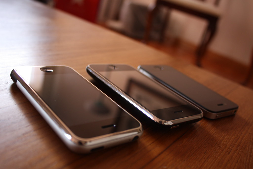 iPhone 2g, iPhone 3GS, iPhone 4