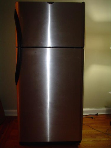 OLD REFRIGERATOR FOR SALE OLD REFRIGERATOR  42 INCH SIDE
