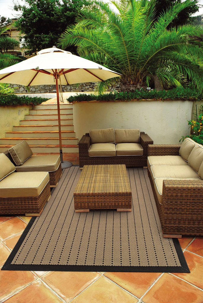 PATIO OUTDOOR RUG. PATIO OUTDOOR