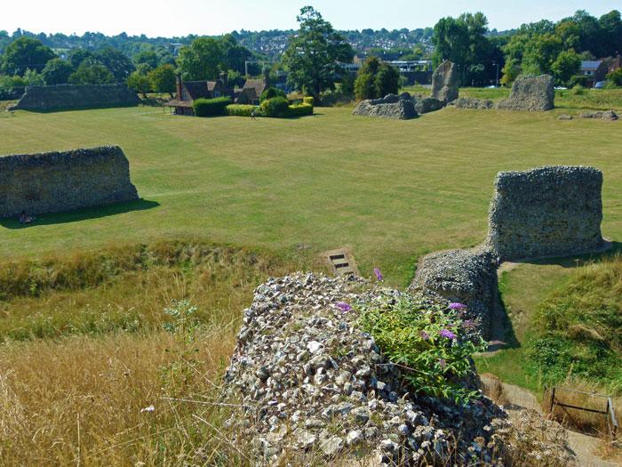 Berkhamsted Castle, ruin