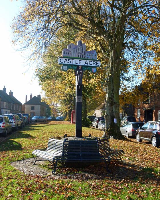 Castle Acre, village, village green, Norfolk