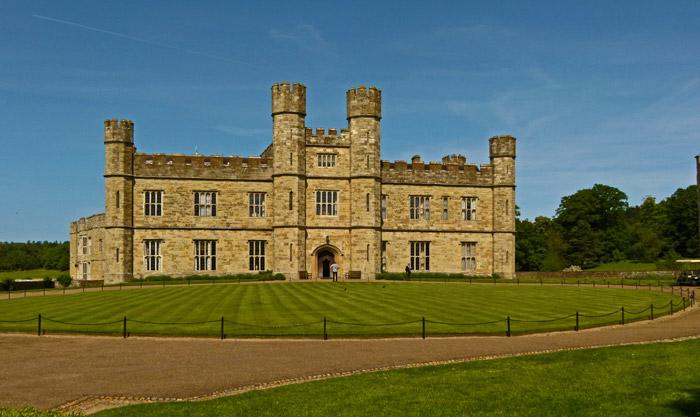 Leeds castle, new castle, Kent