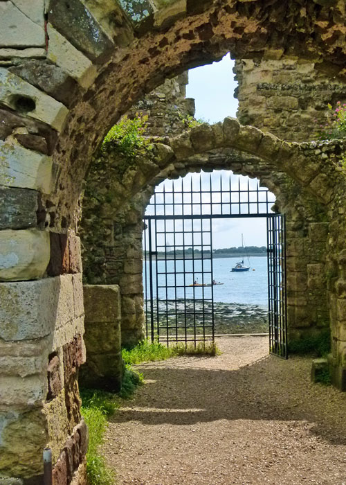 Portchester Castle - sally port.