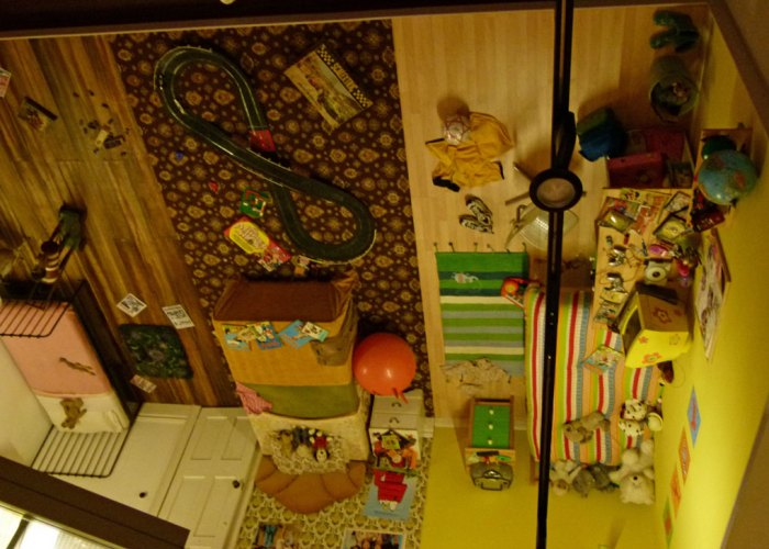 Museum of Childhood, Sudbury, children's bedrooms
