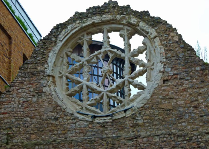 Winchester Palace, London, rose window