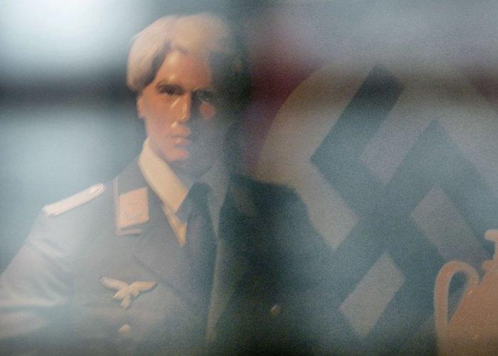 Eden Camp, swastika