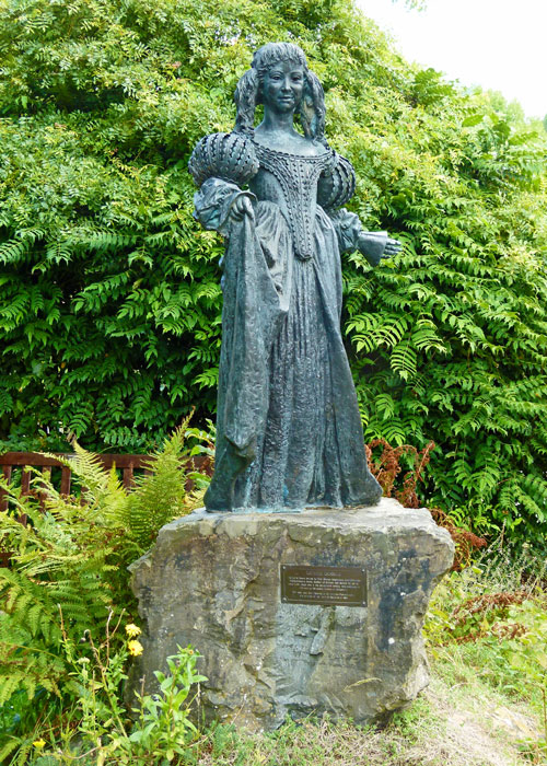 Statue, Lorna Doone, Dulverton