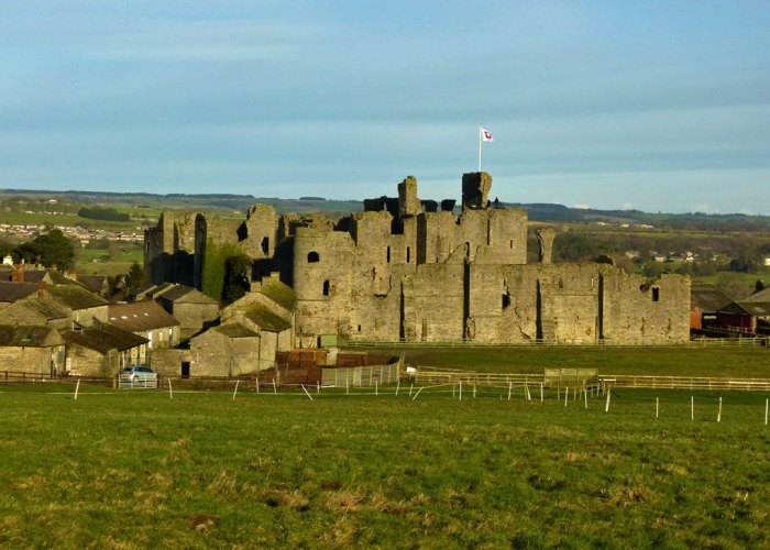 Middleham Castle, Yorkshire, Warwick the Kingmaker, Richard III