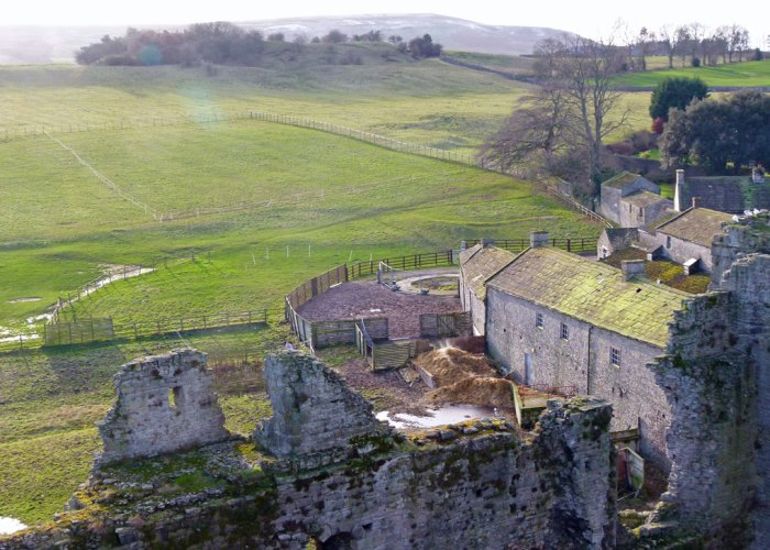 Middleham, castle, keep