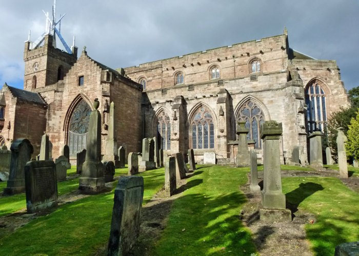 St Michael's, Linlithgow, aluminium spire
