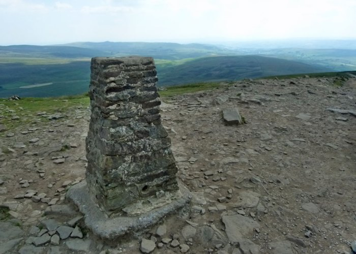 Summit, Pen-y-Ghent, North Yorkshire
