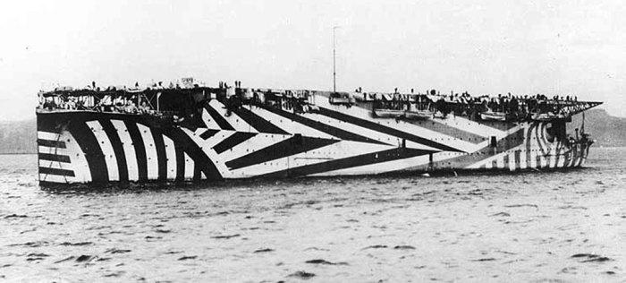 HMS Argus, razzle dazzle