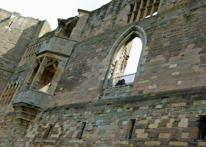 The castle at Newark-on-Trent - A Bit About Britain