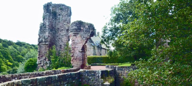 Stay at Rosslyn Castle