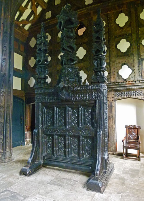 Rufford Old Hall, ornate screen