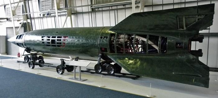 V2, rocket, museum