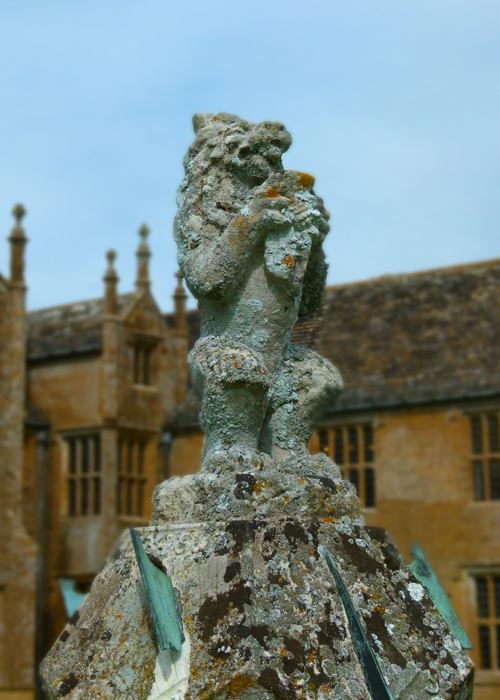 Barrington Court, lion, sundial, California