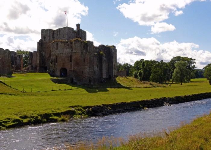Brouham Castle, River Eamont, Roman fort, visit Cumbria