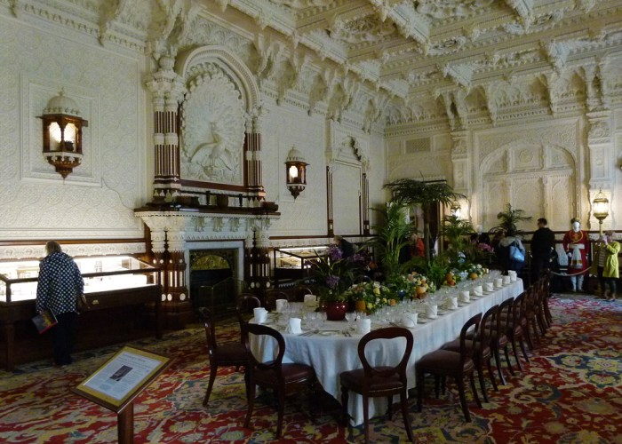 Durbar Room, Osborne House, peacock overmantle