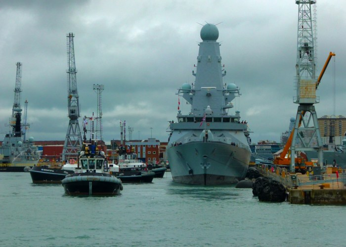 HMS Diamond, D34, Royal Navy destroyers, Portsmouth