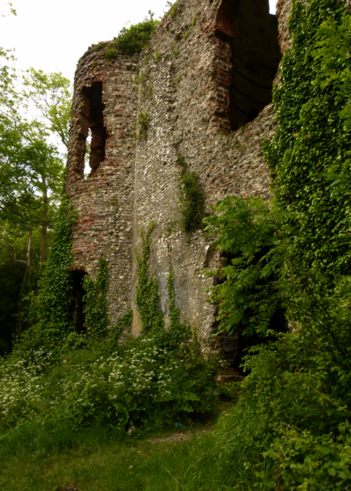 Racton Folly, ghosts, West Sussex