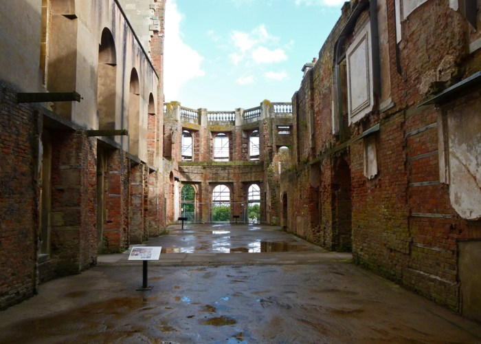 Witley Hall, places to visit in Worcestershire, ruined houses in England