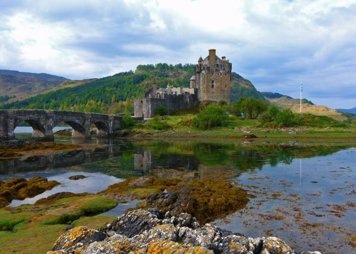 Eilean Donan Castle, places to visit in Scotland, about Britain