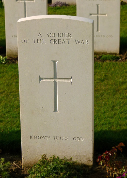 Ypres, Tyne Cot, A soldier known only unto God