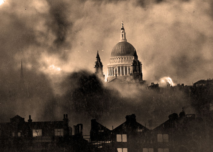 St Paul's, Blitz, London
