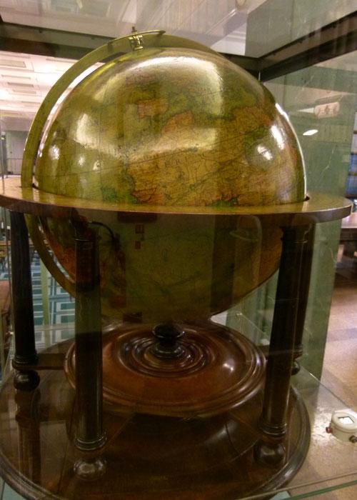 Molyneux Globe , Middle Temple