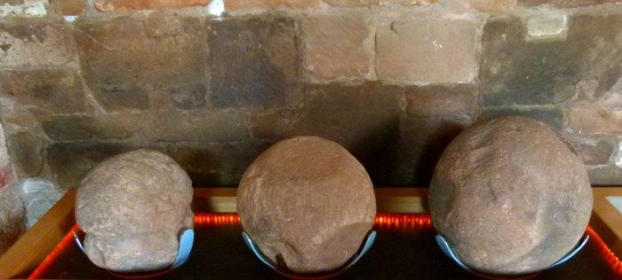 Trebuchet balls, Kenilworth