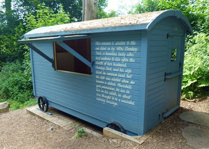 Mrs Donkey Jack's blue caravan, Chartwell
